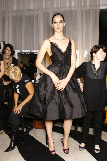Sophie Ward australian Model in her debut Fashion show come back 2009