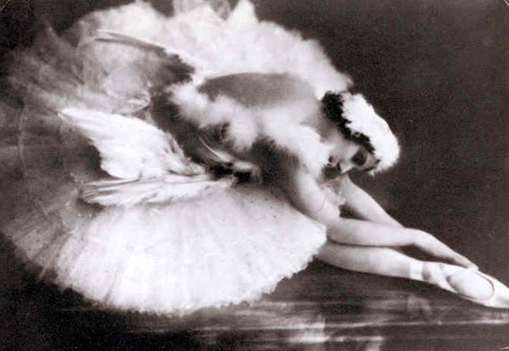 Inspiration Friday image of 1900 turn of the century picture of ballerina bending over