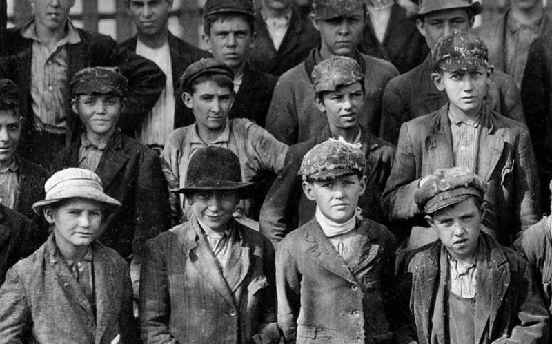 Shorpy Historic Photo Archive image of a bunch of 1020s great depression dirty & tough looking boys in Igor and andre Inspiration Friday