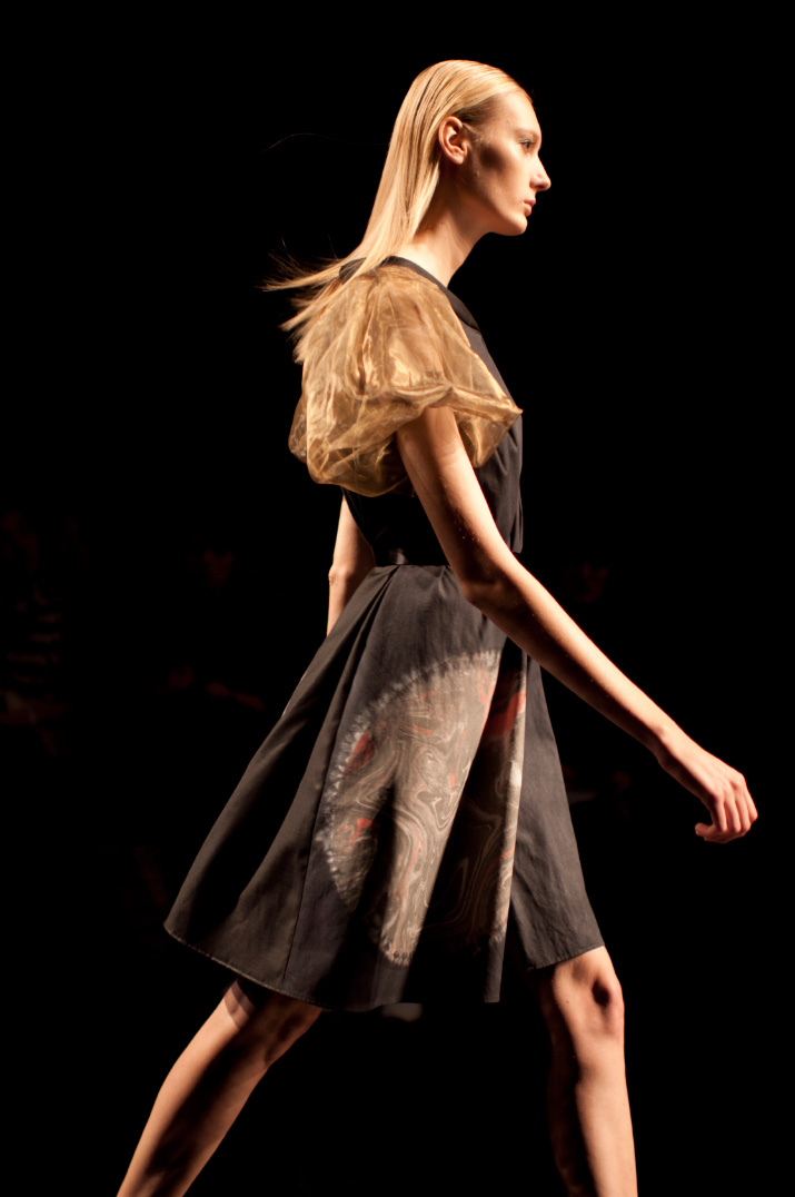 Profile picture of a model walking Araisara Spring 2012 tokyo fashion week
